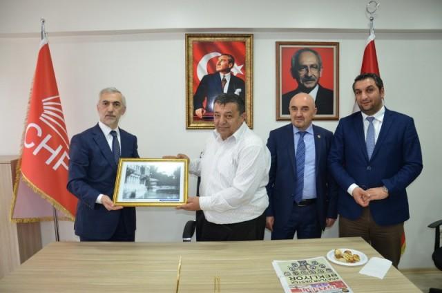 Başkan Kılıç'dan, CHP'ye hayırlı olsun ziyareti