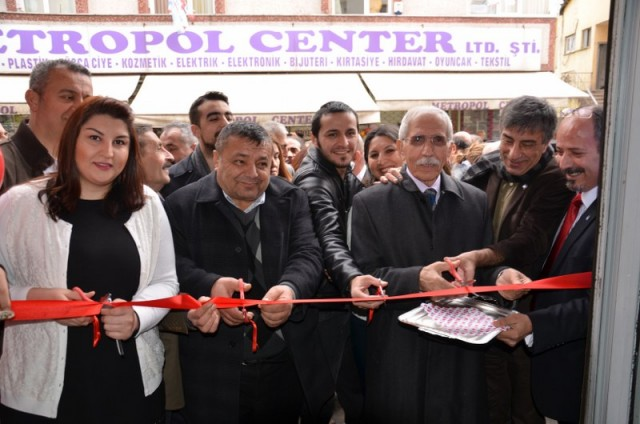CHP Kağıthane, Nurtepe'de irtibat börosu açtı