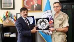 Jandarma Albay Altıntaş'tan Başkan Aksu'ya Ziyaret