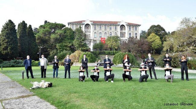 SAYPE'NİN 'DUVARLARIN ÖTESİNDE' PROJESİ İSTANBUL'DA START ALDI