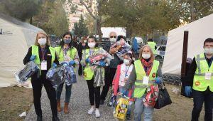 İŞGADER'den İzmir Depremzedelere Yardım Seli...