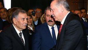 Eski Başbakanlardan Yıldırım Akbulut Vefat Etti!..
