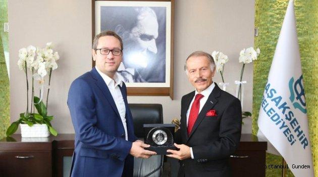 Başkan Aydın' dan Başkan Kutoğlu' nu Ziyaret Etti