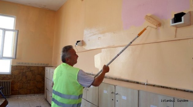 Eyüpsultan'da Okullar Pırıl Pırıl Oluyor