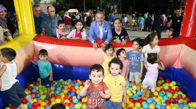 Bayrampaşalı Çocuklara Başkan Aydıner' den Sürpriz
