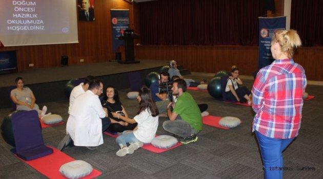 Yeni Yüz Yıl Üniversitesi Gop Hastanesi Ebeveynlere Doğum Öncesi Eğitim Semineri Düzenledi