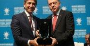 Başkan Demir Ödülünü Cumhurbaşkanın' dan Aldı
