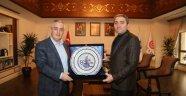 Selim Temurci'den Başkan Aydın'a Nezaket Ziyareti