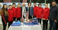 Sultangazi'den Amatör Spor Kulüplerine Malzeme Desteği